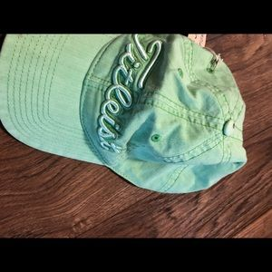 Titleist men's hat new with tags